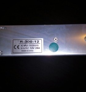 Блок питания для светодиодной ленты 220v-12v,300w.