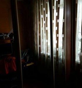 Шкаф 3-х дверный зеркальный