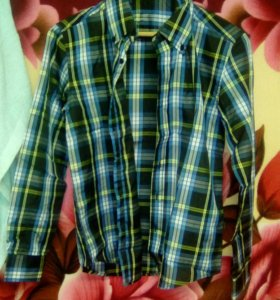 Мужские рубашки размер (М)
