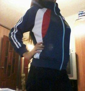 Спортивная детская куртка