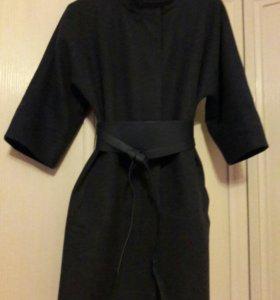 Пальто с укороченными рукавами деми