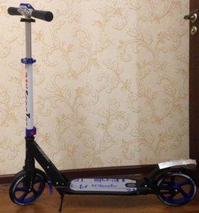 Самокат Scooter 200