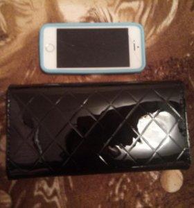 Новый кошелек лакированный