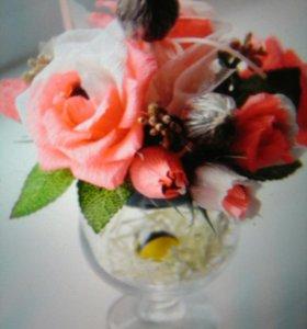 Розы в бокале
