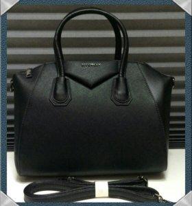 Сумка Givenchy. Новая