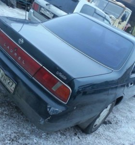Nissan Laurel 2.0