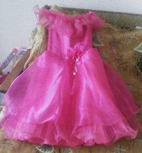 Платье новое 7-8лет