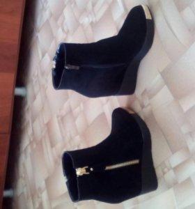 Ботинки на платформе женские