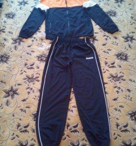 Продам новый спортивный костюм Reebok рост 160-164