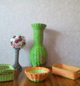 Продам вазу, тарелочки и топиарий