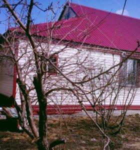 Дом 80к в.м., 12 сот.