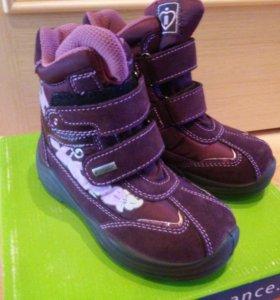Новые ботинки деми