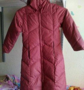 Пальто пуховое, демисезонное на 8-10 лет