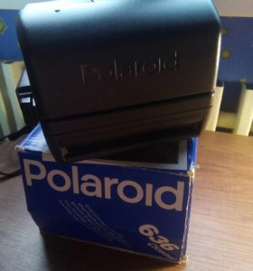 Polaroid 636 lnstant Camera Closeup