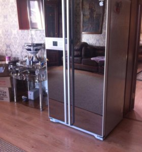 Холодильник продам срочно!!