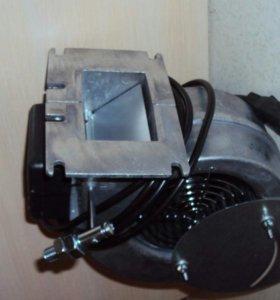 Вентилятор наддува для твёрдотопливных котлов.