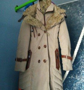Продается детская куртка на девочку б/у