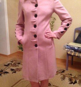 Продаётся новое пальто