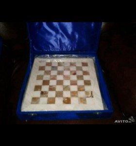 Мраморные шахматы