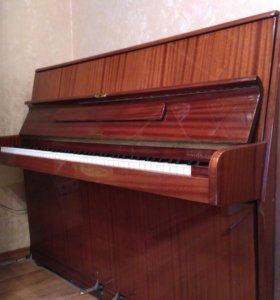Пианино Ronisch de luxe