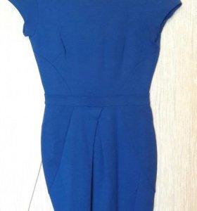 Платье красивого синего цвета