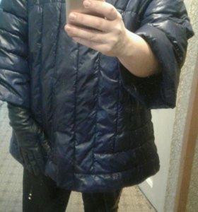 Куртка и перчатки