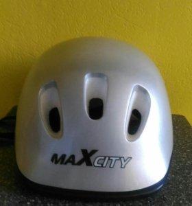 Шлем для роликов