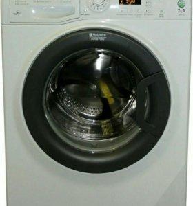 Продам стиральную машину Hotpoint-Ariston wmsg 712