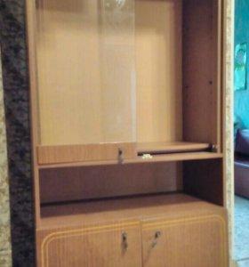 Шкаф от стенки есть еще ящик наверх