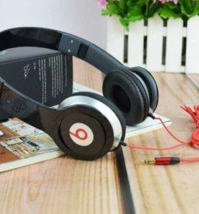 Полноразмерные наушники Beats Studio