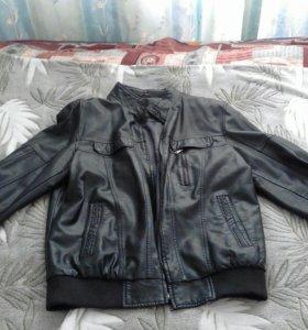 Куртка-ветровка кожаная
