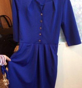 Платье продаю