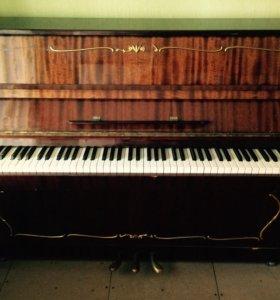 """Пианино """"Аккорд"""""""