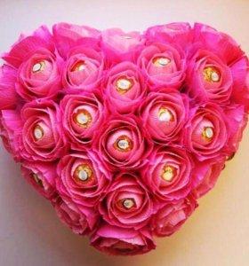 """Подарок с любовью """"Сердце из конфет"""""""