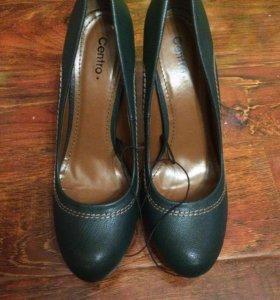Туфли женские 40размер 25-26 см