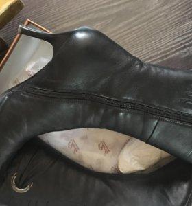 Кожаные сапоги 40 размер