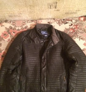 Куртка в отличном состоянии (весна-осень)!!!