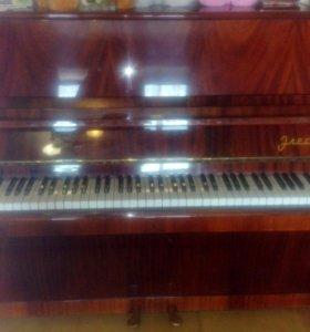 Пианино Элегия хорошее