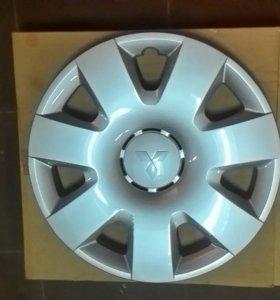 Митсубиси Колпак колесного диска R16 новый