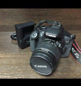 Canon 650D.