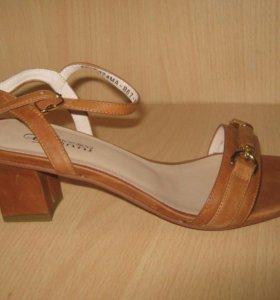 Новая обувь. Лето
