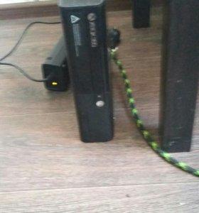 Прошитый Xbox 360 e 250g