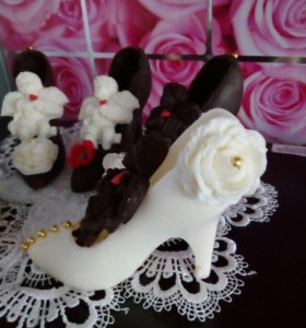 Туфелька с ангелочком из шоколада