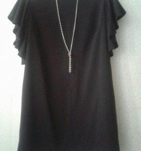Модное платье с воланоми