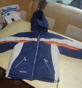 Зимняя куртка на 3-5 лет