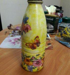 Бутылка в декупажном стиле