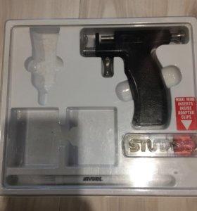 """Пистолет для прокола ушей """"Stadex""""."""