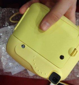 фотоаппарат с мгновенной печатью instax mini 8