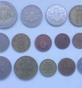 Лот монет Латвии и Литвы