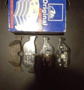 Тормозные колодки на BMW 1-3 е87-е90-е91